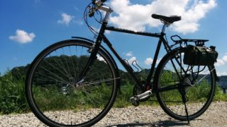 ロードバイクをフラットバー仕様のツーリング自転車に改造。