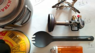[ULハイキング]アルコールストーブとガスストーブの重量面での差を考えてみる